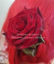 Заколка из живых цветов под заказ в Киеве